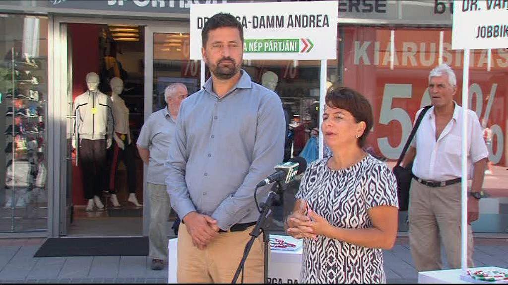 Jobbik: bérúniót!