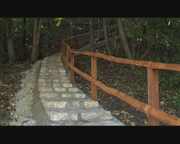 Lépcsőt avattak