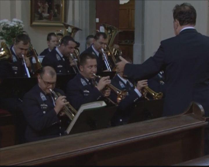 Katonai zene