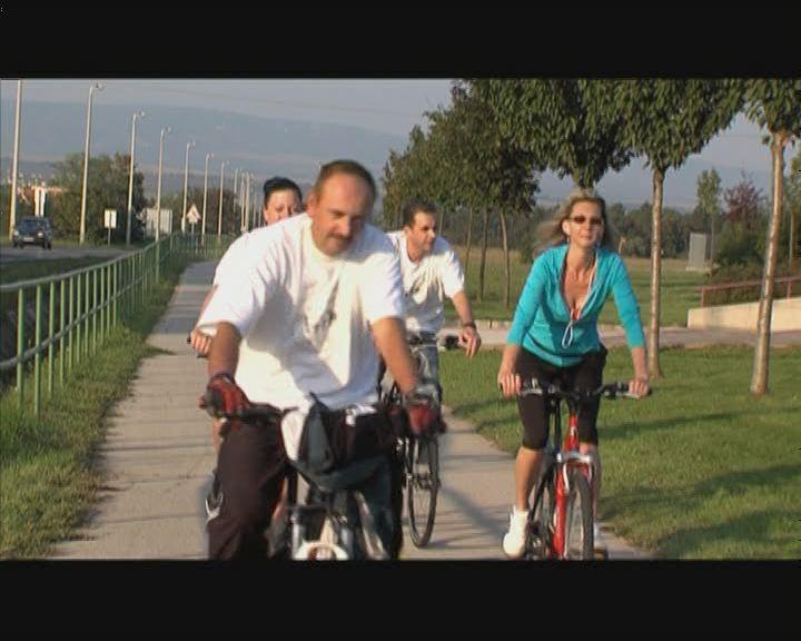 Kerékpáron a Humán Körös jelöltek