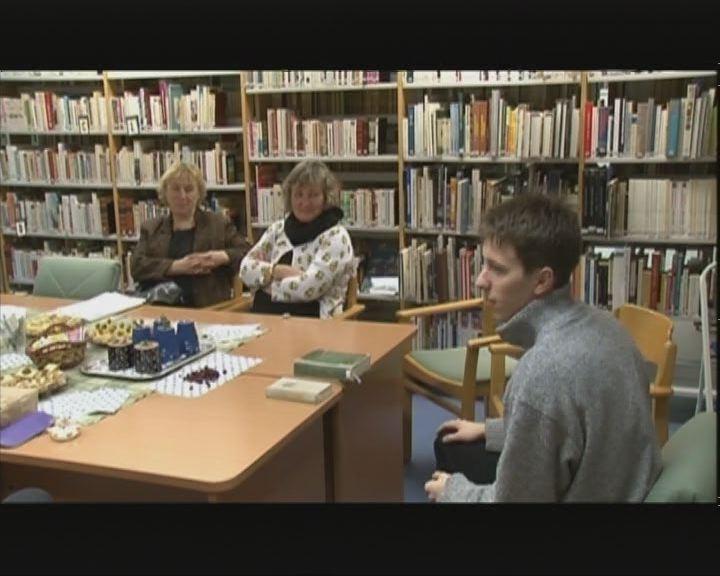 """""""5 órai tea"""" könyvklub"""