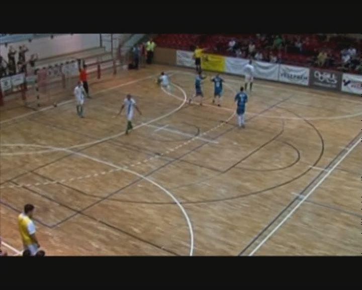 Felemás Futsal idény