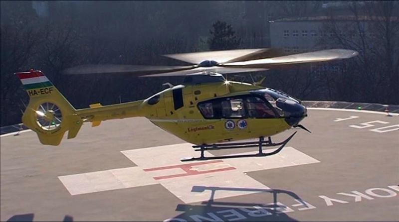 Üzemel a helikopter leszálló