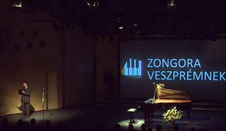 Veszprém új koncertzongorája