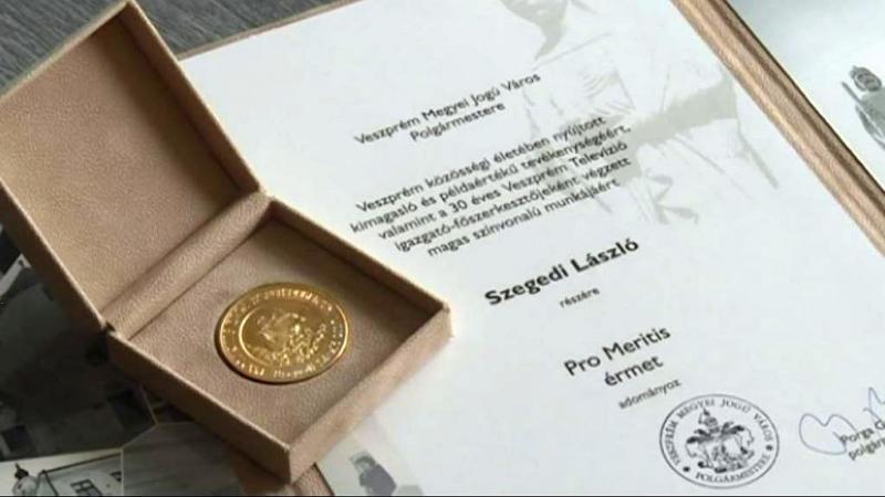 Pro-Meritis díj Szegedi Lászlónak