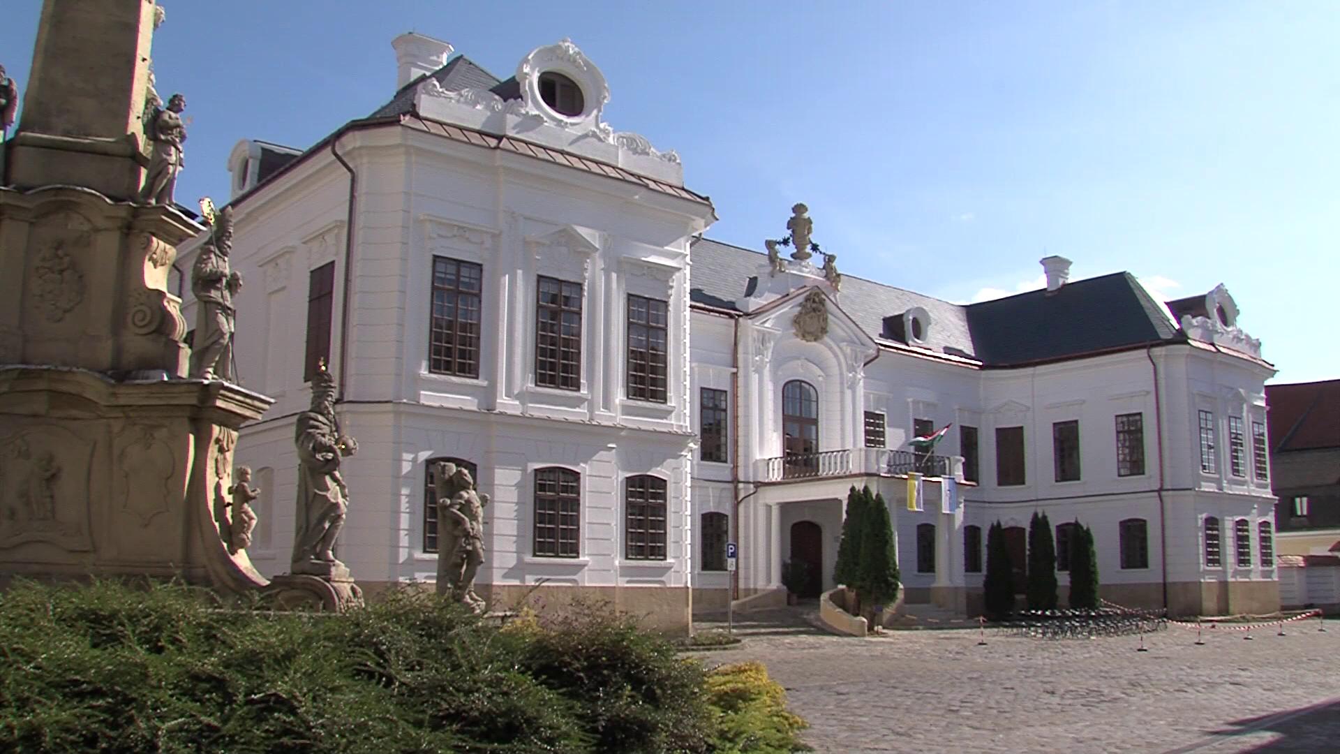 Szeretünk itt élni: Érseki palota enteriőr