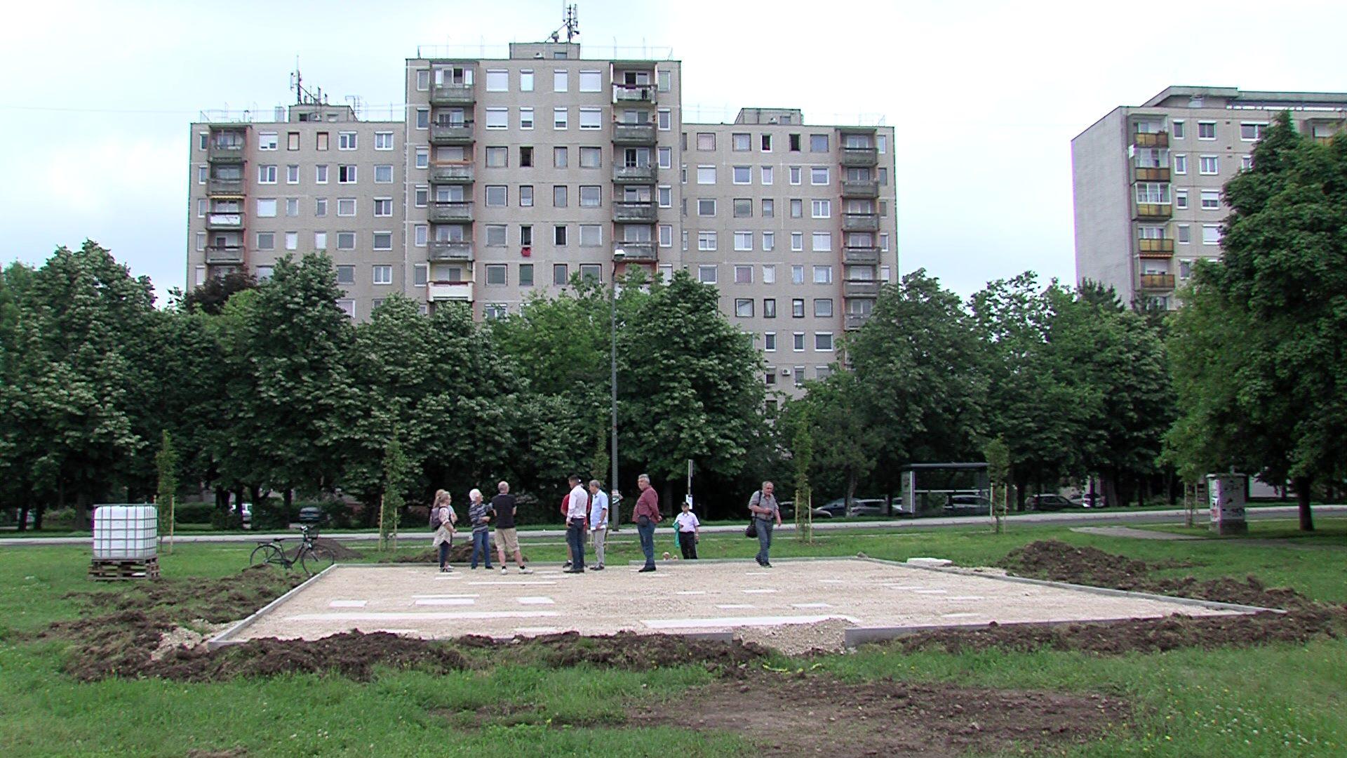 Sporteszközöknek betonoznak