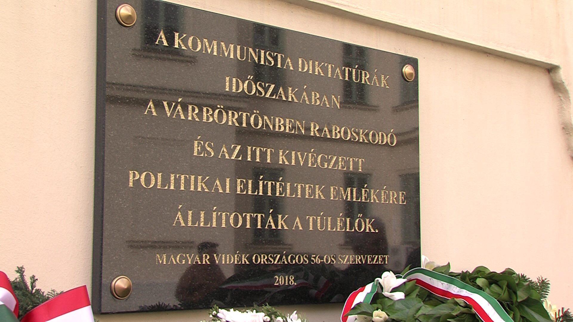 A kommunizmus áldozataira emlékeztek