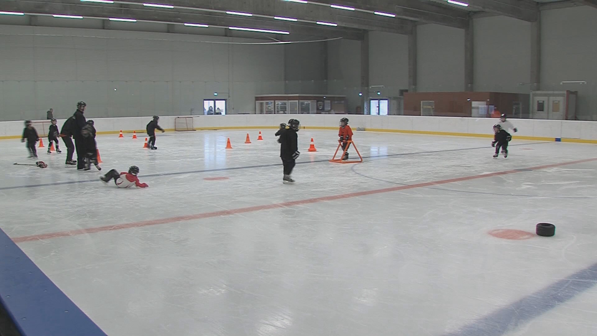Edzés a jégcsarnokban