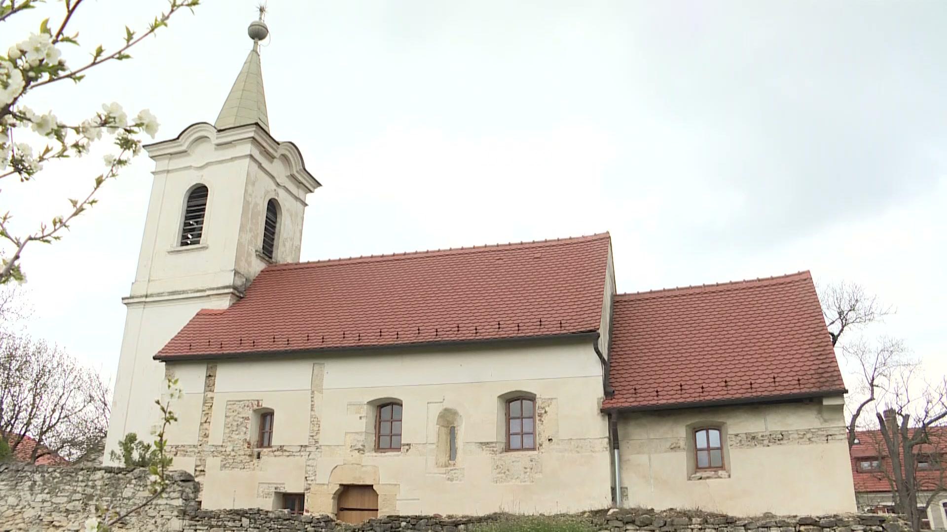 Megújul a sólyi templom